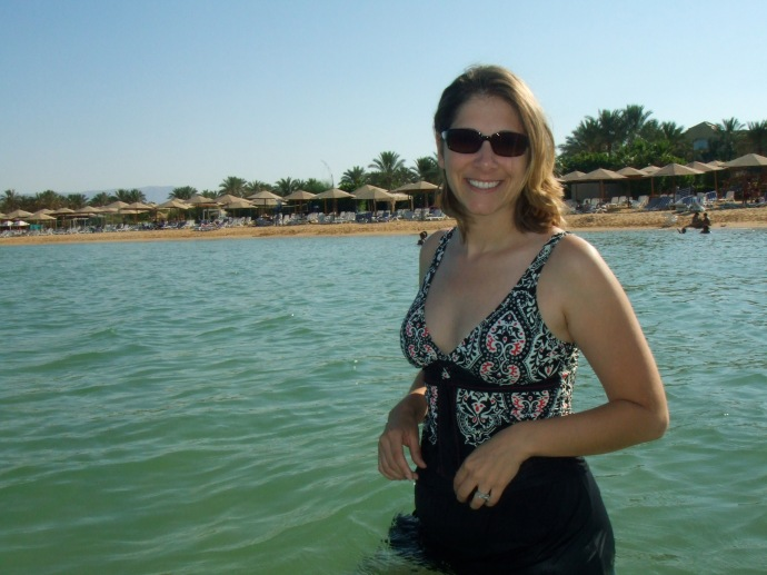 Refreshing dip in the Red Sea